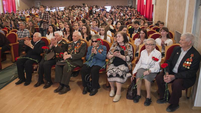 Торжественное поздравление к 70 летию победы