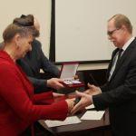 Первый проректор ВолгГМУ В. Б. Мандриков удостоен почётной награды