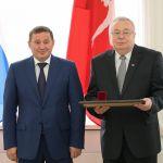 Ректору ВолгГМУ вручена Почетная грамота Президента России