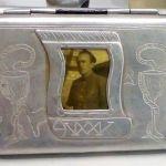 Портсигар, подаренный В.С. Михалёву пациентом Л.С. Большаковым, 1943 г.