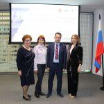 Поздравления специалистам по социальной работе с их профессиональным праздником из Санкт-Петербурга!